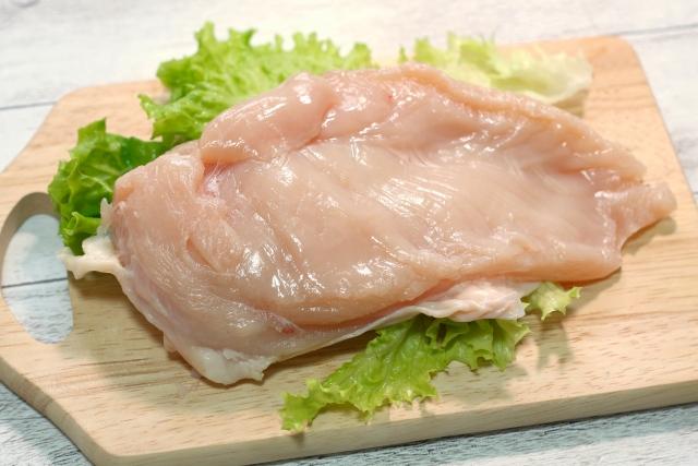腸活は一生モノ!お肉が食べたい方は鶏むね肉がおすすめ!運動効果アップ&美肌&疲労回復にも!《腸の辞典》